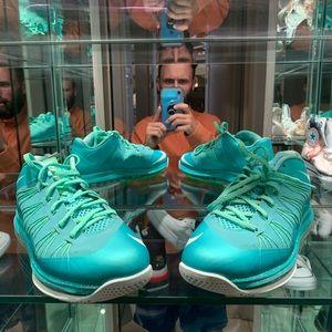 "Nike Lebron Air Max 10 Low ""Easter"""